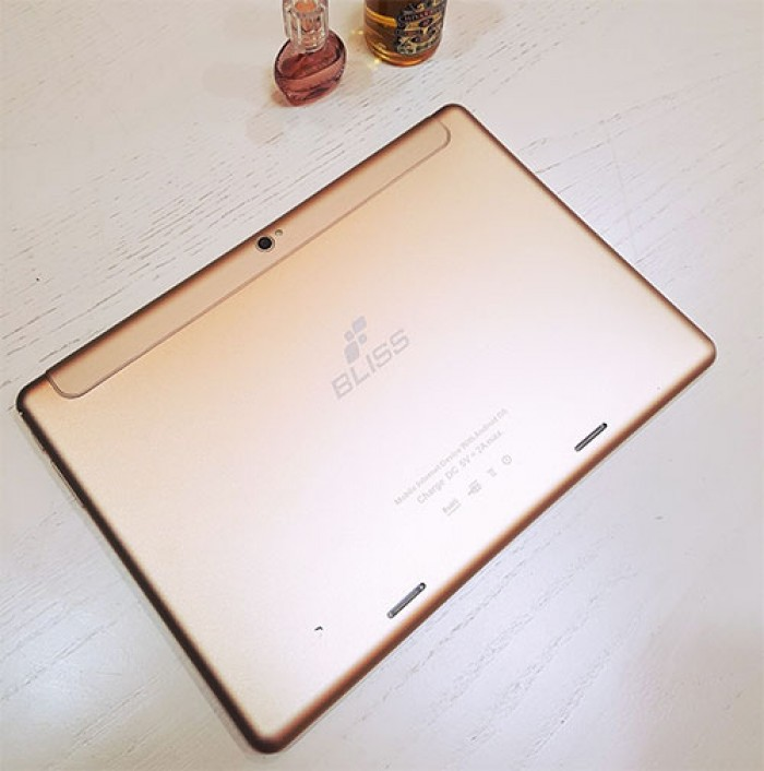 Máy tính bảng giá rẻ BLISS T99 3G