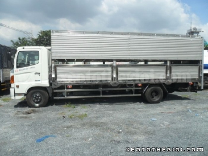 Tổng Đại Lý Xe Tải Hino bán xe Hino FC chở Gia súc, chở Heo 6 tấn