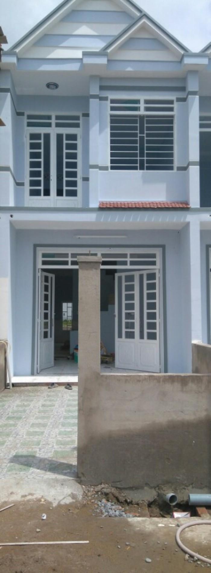 Bán nhà ngay Ngã 3 Tân Kim DT 4x15m sổ hồng riêng 1 trệt 1 lầu