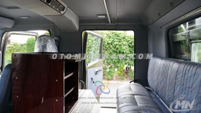 CN Hino Phía Nam bán xe sân khấu lưu động FM8JNSA 55m2, rộng rãi tiện nghi