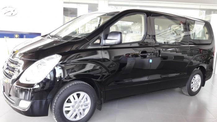 Bán xe Hyundai Starex 9c dầu đen mới 100%, chỉ 963tr, hỗ trợ tối đa, thủ tục đơn giản