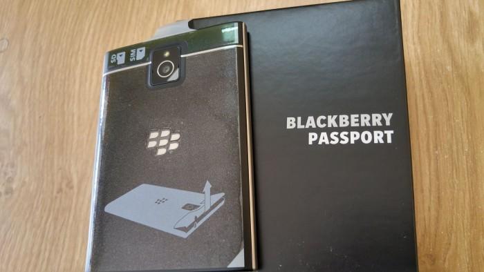 Blackberry PassPort Nhập Pháp- Mới Tinh 100% FullBox nguyên tem 7 màu4
