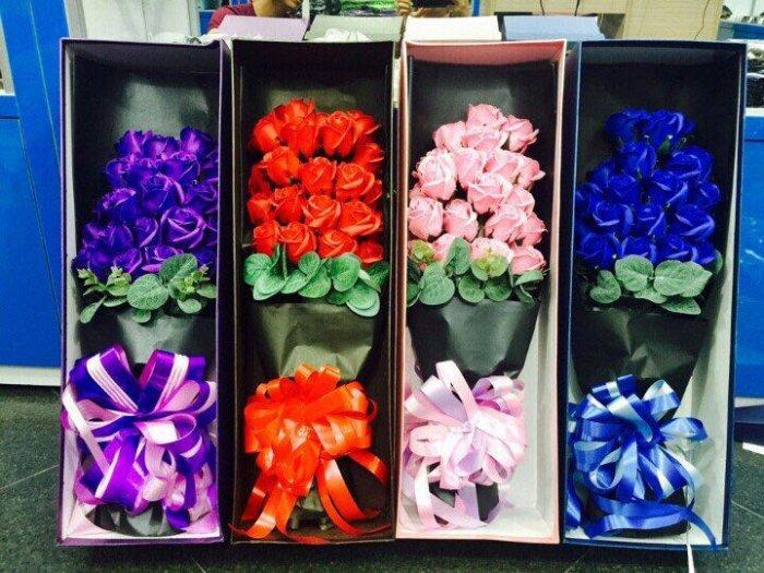 Hộp quà tặng hoa hồng sáp thơm bông đại1