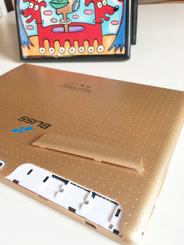 Hot!!! Giảm giá đến 45% đết hết ngày 31-10 máy tính bảng bliss kt096h 3g