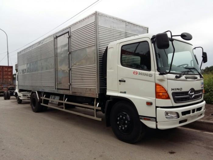Đại lý Ô Tô Miền Nam bán xe tải Hino FG8JPSL tải trọng 9T4, giá tốt