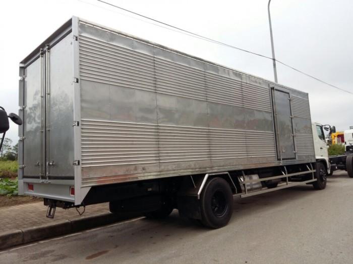 Xe tải Hino 15 tấn FG8JPSL thùng kín dài 8m7 giá rẻ 1 tỷ 160 triệu 2
