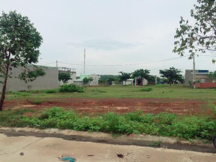Chính chủ bán gấp lô đất 450m2( 3 sổ 6x25 ), giá 290 triệu ngay kcn, dân đông