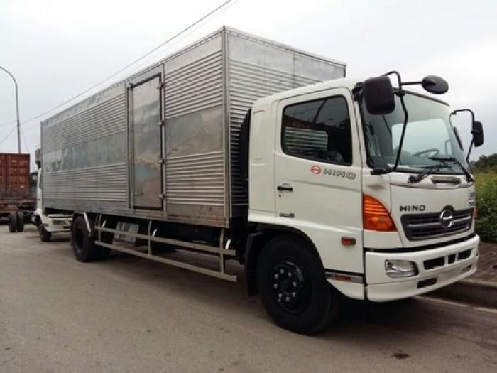 Xe tải Hino 9.4 tấn FG8JPSU thùng kín giá 1 tỷ 160 triệu, giao xe toàn Quốc 0