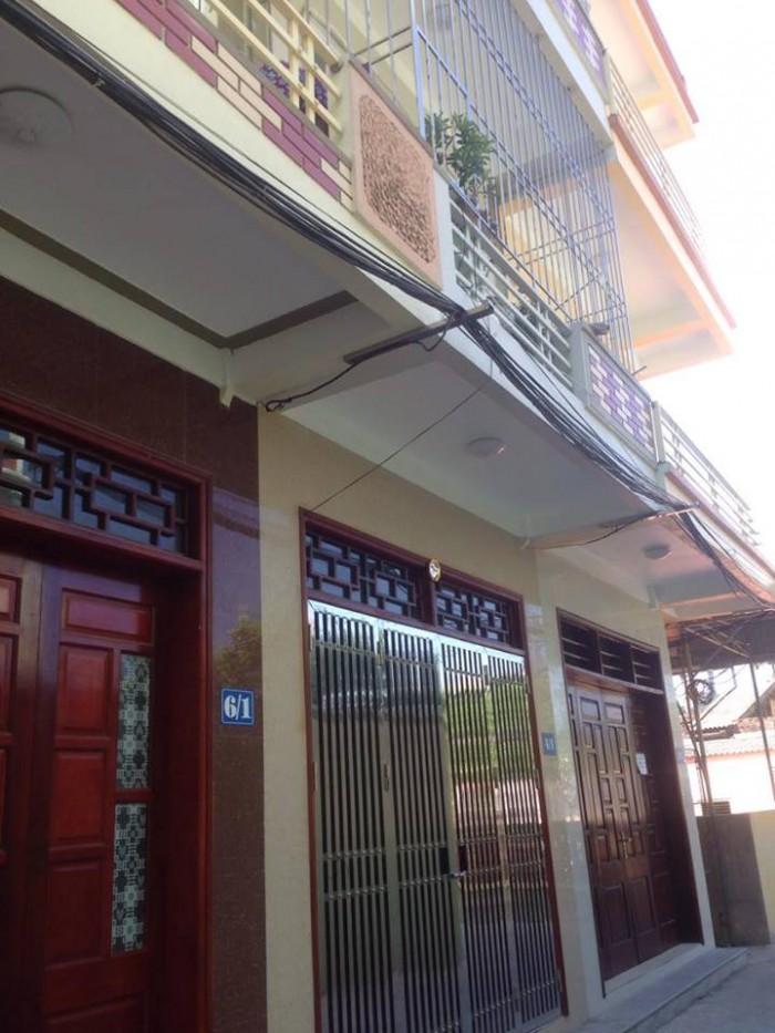 Bán gấp nhà lô góc chính chủ 3T,Tiền Phong, S=50m2, oto cách vài mét, giá chỉ 1,3 tỷ.