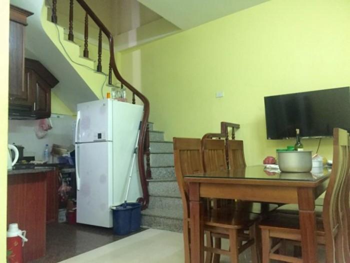 Cần bán nhà đẹp phố Bạch Mai giá rẻ, 5 tầng,  đủ đồ