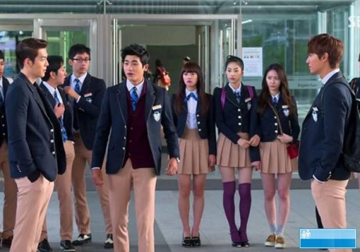 Đồng phục khách sạn, học sinh thu đông 2016 rẻ đẹp, uy tín nhất Hà Nội.