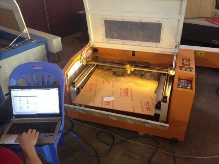 Máy laser khắc dấu, máy cắt mica, gỗ mdf
