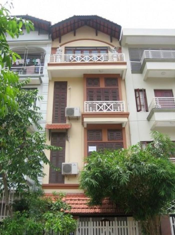 Cần bán nhà mặt phố Văn Cao