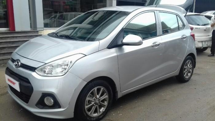 Hyundai i10 2014 màu bạc giá cực HOT 1