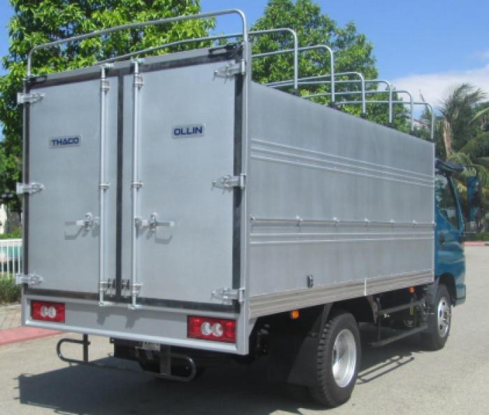 Xe tải OLLIN345 2,4 tấn đi được trong thành phố