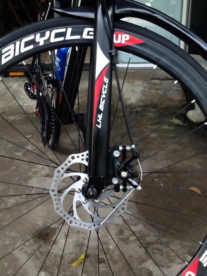 Xe đạp THỂ THAO 700C STyle CHÂU ÂU thùng mới 100%