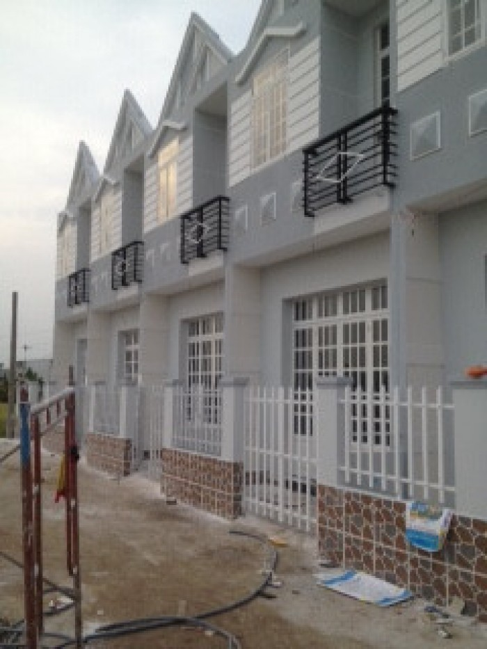 Nhà mới 100% diện tích 4x18m Sổ Hồng Riêng