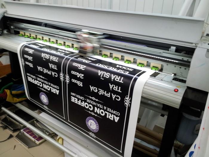 Với máy in mực nước khổ lớn, các cuốn menu, phông nền menu được in ấn sắc...