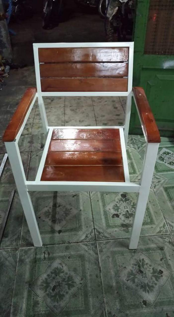 Ghế  gỗ  giá  rẻ  nhất1