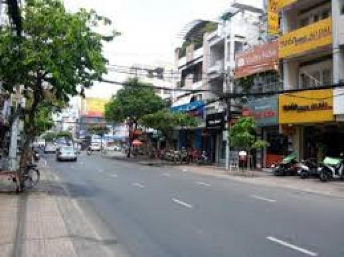 Bán nhà mặt phố Trương Định 140m, MT 8.5m, 17.4 tỷ.