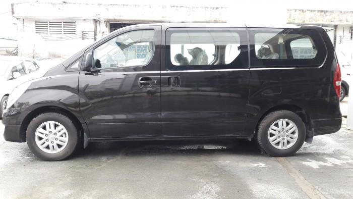 Ưu đãi quá bất ngờ lên đến 40 triệu đồng chỉ còn 1 chiếc duy nhất Hyundai Starex 9 chỗ đen dầu 0