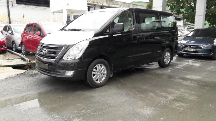 Ưu đãi quá bất ngờ lên đến 40 triệu đồng chỉ còn 1 chiếc duy nhất Hyundai Starex 9 chỗ đen dầu 1