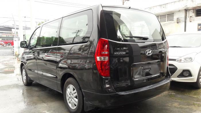 Ưu đãi quá bất ngờ lên đến 40 triệu đồng chỉ còn 1 chiếc duy nhất Hyundai Starex 9 chỗ đen dầu 2