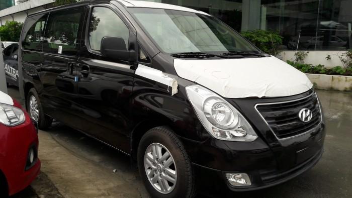 Ưu đãi quá bất ngờ lên đến 40 triệu đồng chỉ còn 1 chiếc duy nhất Hyundai Starex 9 chỗ đen dầu 6