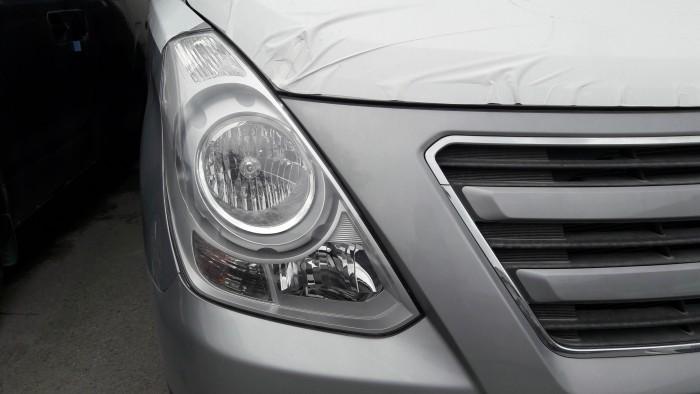 Chỉ cần trả trước 275 triệu đồng là sở hữu ngay Hyundai starex 9 chỗ, xe giao ngay, hỗ trợ tối đa nhu cầu của quý khách 2