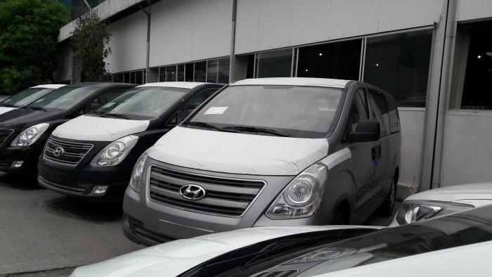 Chỉ cần trả trước 275 triệu đồng là sở hữu ngay Hyundai starex 9 chỗ, xe giao ngay, hỗ trợ tối đa nhu cầu của quý khách 7