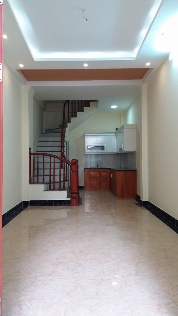 Cần bán nhà 5 tầng mới ngõ 155 Trường Chinh, gần Hồ Rùa, 3.5 tỷ