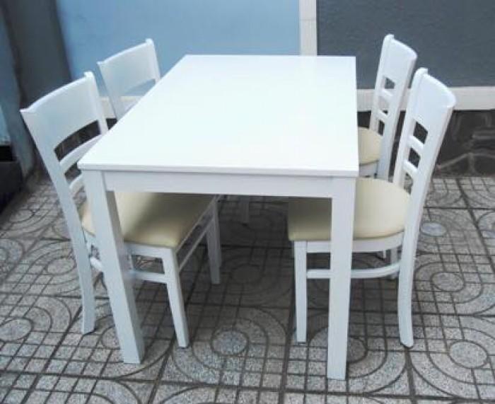 Bộ bàn ăn gỗ cao su tự nhiên