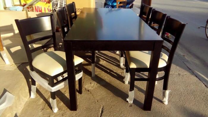 Bộ bàn ăn gỗ cao su tự nhiên2