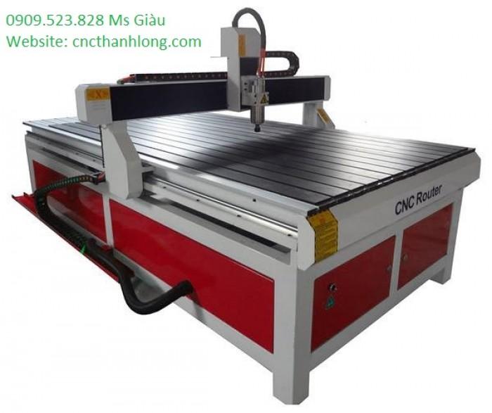 Máy CNC 1325 chuyên cắt vách ngăn trang trí, đục tranh 3 D làm quảng cáo giá cực rẻ
