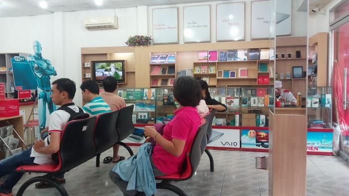 iCare Center và khách hàng