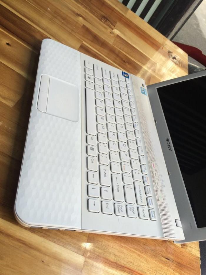 Laptop Sony vaio VPCEG, i5, ram 4G, 500G ( Màu Trắng ), đẹp, giá rẻ