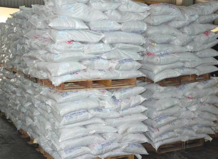 Soda ash light, Na2CO3, Natri cacbonat, chất làm giảm lượng nước cần thiết để ép đất sét