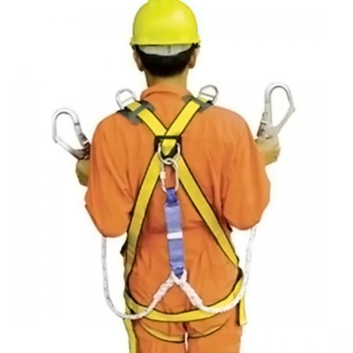 Dây an toàn toàn thân, Dây đeo an toàn ADELA 2 móc to, giá cả dây đeo an toàn toàn thân Đài Loan có chống sốc.