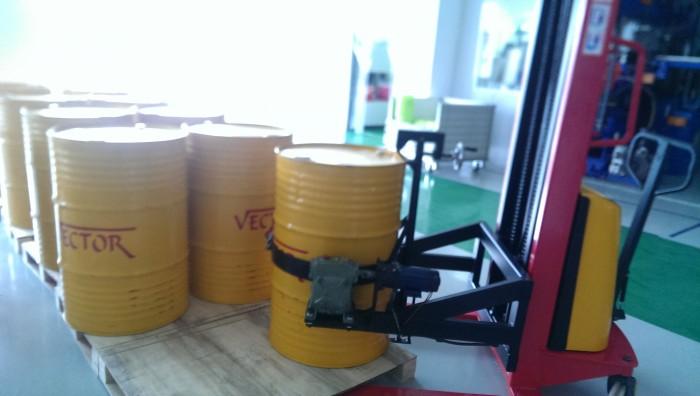 Chuyên cung cấp dầu thủy lực, nhớt 10, nhớt thủy lực tại TPHCM