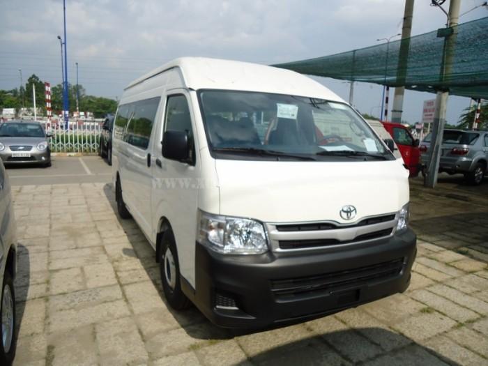 Giá xe Toyota Hiace động cơ Diesel (máy dầu)