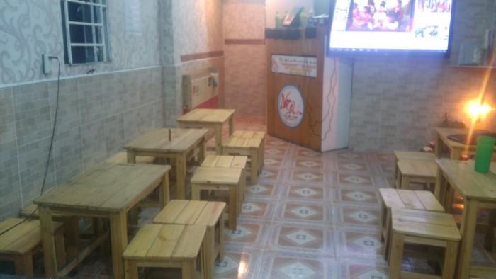 Sang quán ca phê Đường Nguyễn Kiệm