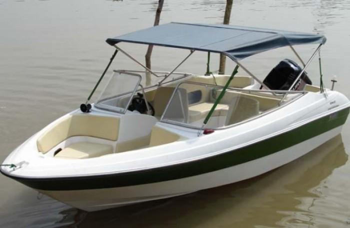Chuyên bán các thuyền và cano
