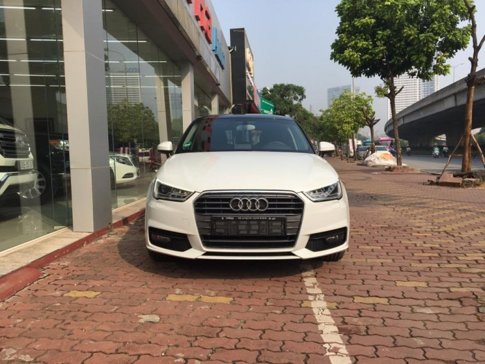 Xe Audi A1 2016