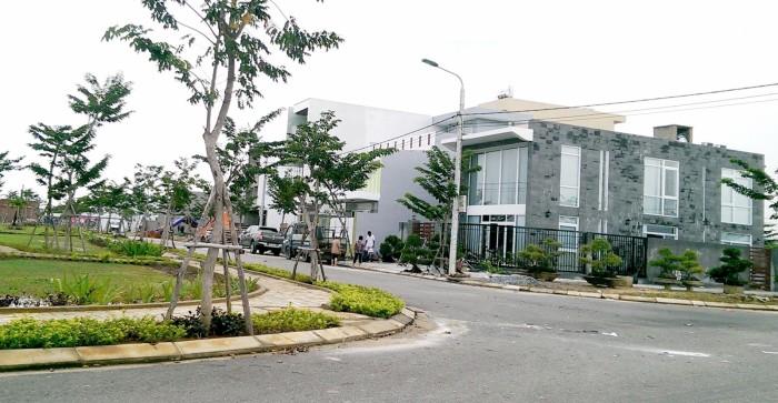 Bán đất biệt thự KDC Nam cầu Nguyễn Tri Phương, B2.1 ngay chân cầu view sông đẹp giá tốt