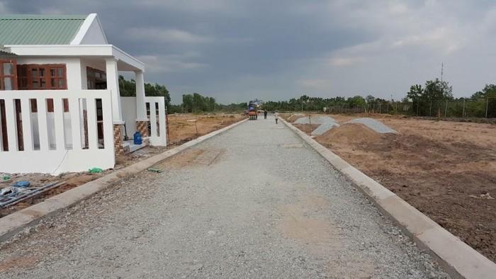 Cần bán lô đất ngay thị trân bến lức, gần cổng chào bến lức, 270 triệu