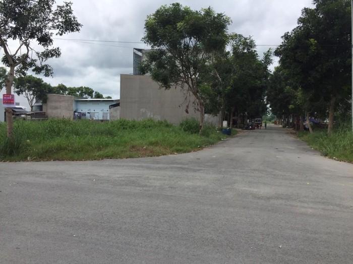 Đất nền đường Trần Đại Nghĩa, Ngay khu dân cư Tân Nhựt, cách vòng  xoay Phú Lâm 15'p đi xe máy