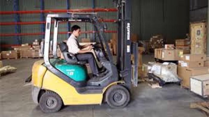 Công ty Hưng Phát dịch vụ sửa xe nâng chuyên nghiệp