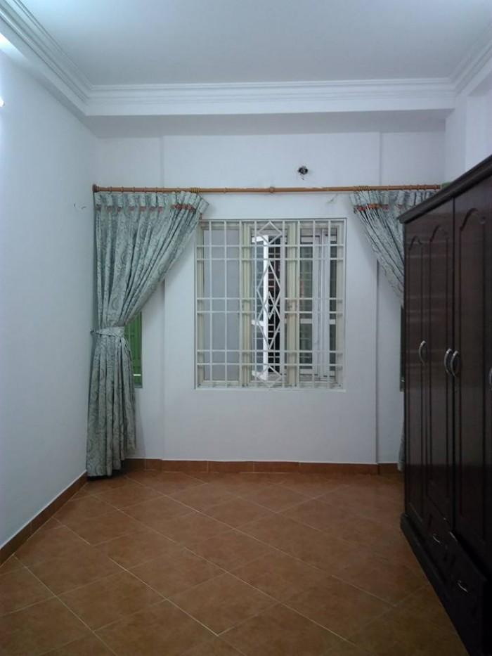 Cần bán nhà ngõ 467 Lĩnh Nam, Hoàng Mai, dt 30m2, 4 tầng, giá 1,55 tỷ