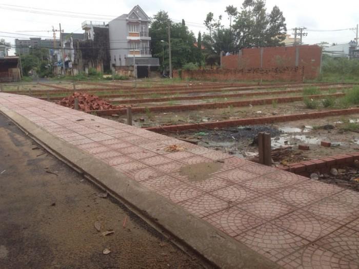 Lô đất cạnh mặt tiền kinh doanh Nguyễn duy trinh,chỉ 24trieu/m2 kdc hiện hữu,xây dựng tự do.