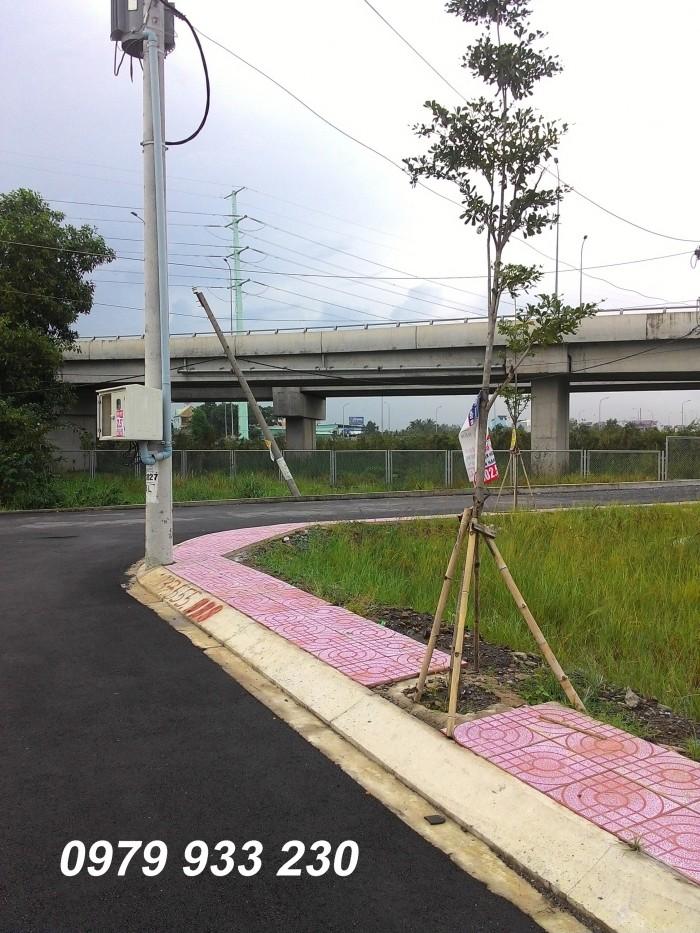 Đất nền vòng xoay Phú Hữu, mặt tiền đường Nguyễn Duy Trinh Quận 9 giá tốt, sinh lời cao